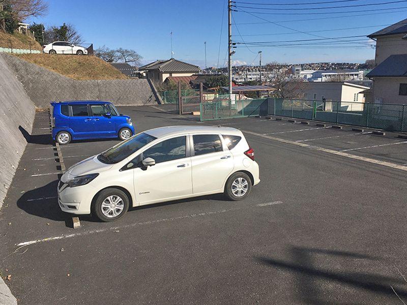 メモリアルパーク吉祥天 駐車スペースは広々