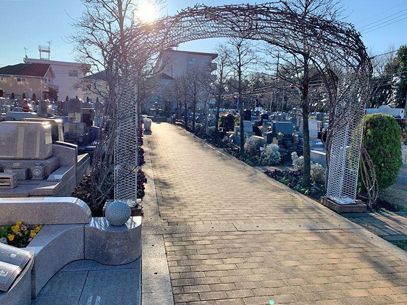 小平メモリアルガーデン ガーデニング型樹木葬「フラワージュ」 日当たり良好