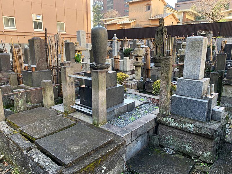 光宝寺 区画整理された墓域