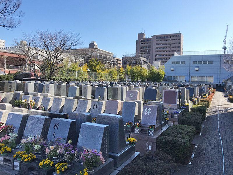 江東メモリアル 近年、人気のある洋型墓石