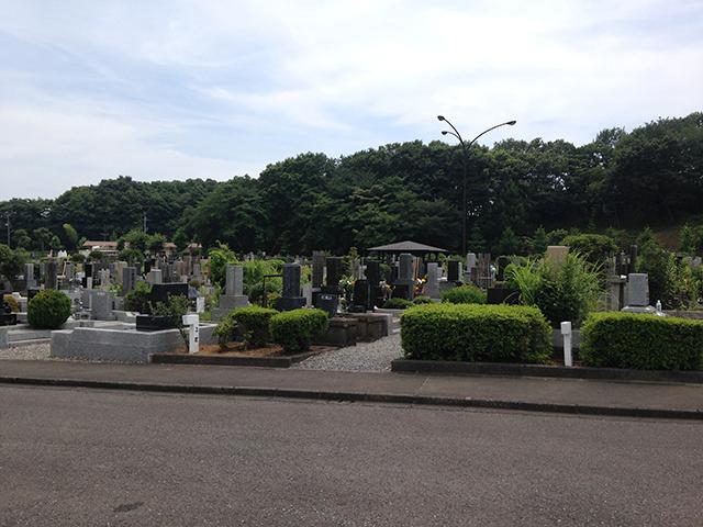 八王子市営 南多摩都市霊園 緑に囲まれた霊園風景