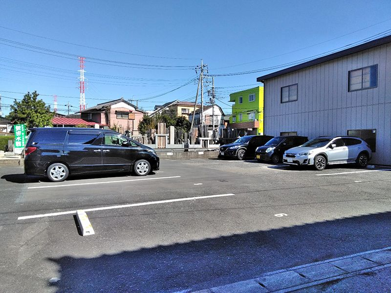 川口新郷樹木葬墓地 平坦な駐車場