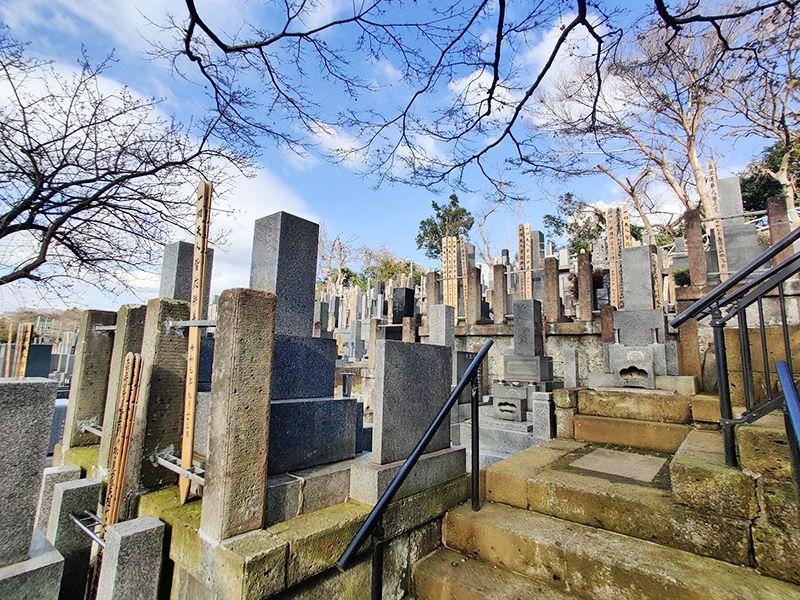 寺尾墓苑 和型墓石