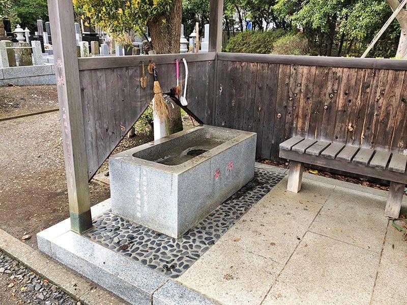都筑中央霊園 水汲み場