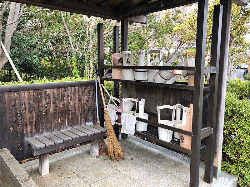 都筑中央霊園 参拝道具と休憩スペース