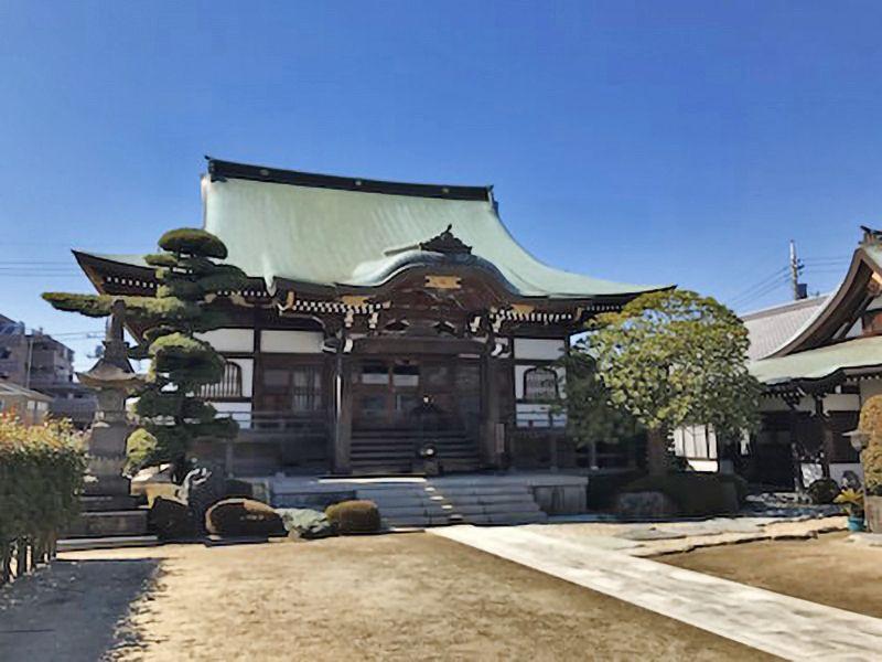弘福院 のうこつぼ 厳かな雰囲気の本堂