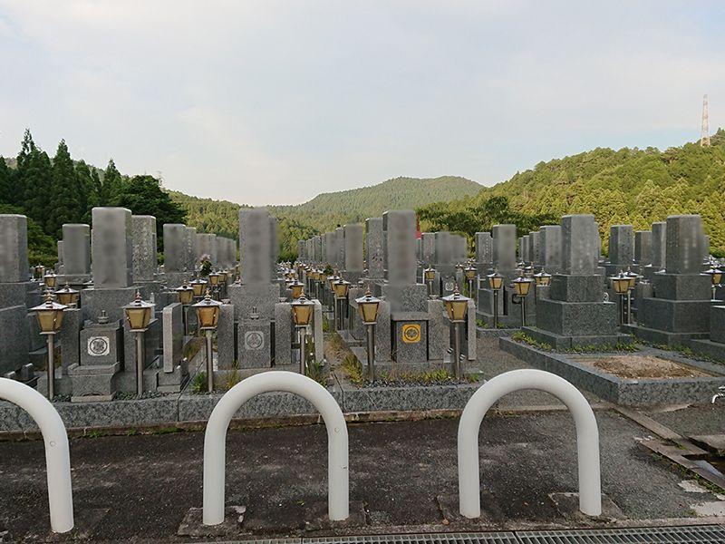 高槻霊園 和型墓石