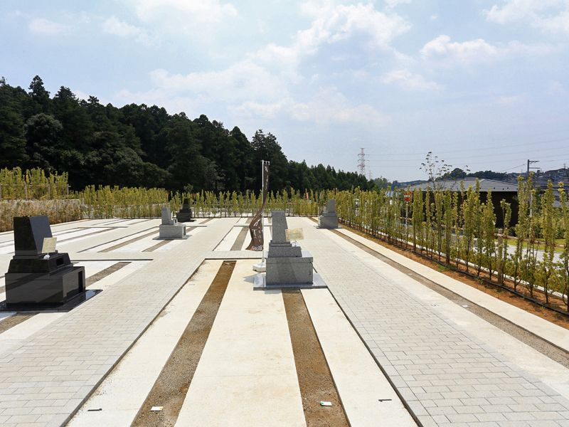 公園墓地 川井聖苑 手入れされた墓石