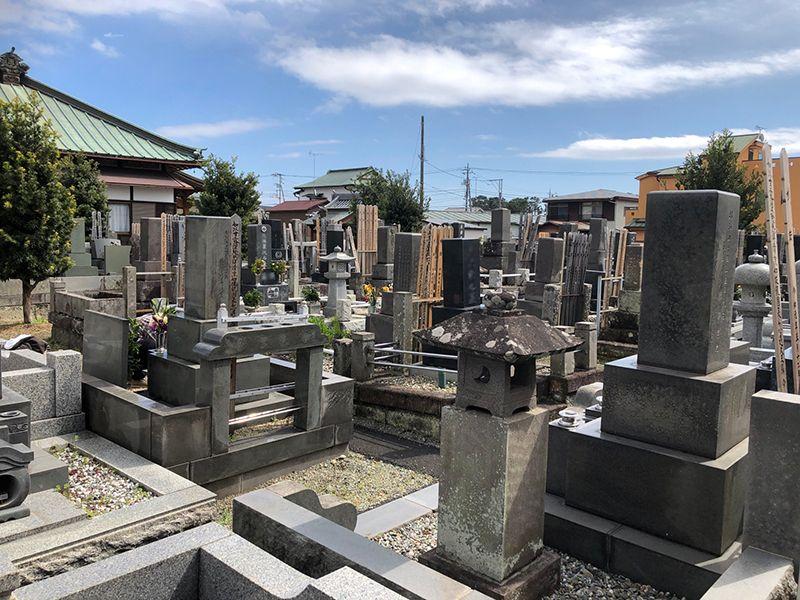 法善寺 和型墓石