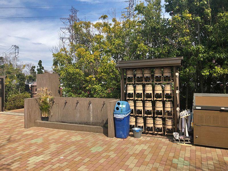 四季の杜 花見川霊苑 水汲み場と参拝道具