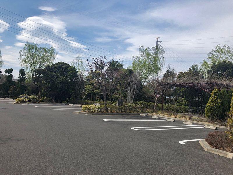 四季の杜 花見川霊苑 駐車スペース