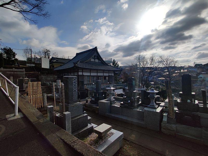 鶴見霊園 手入れが行き届いている墓苑