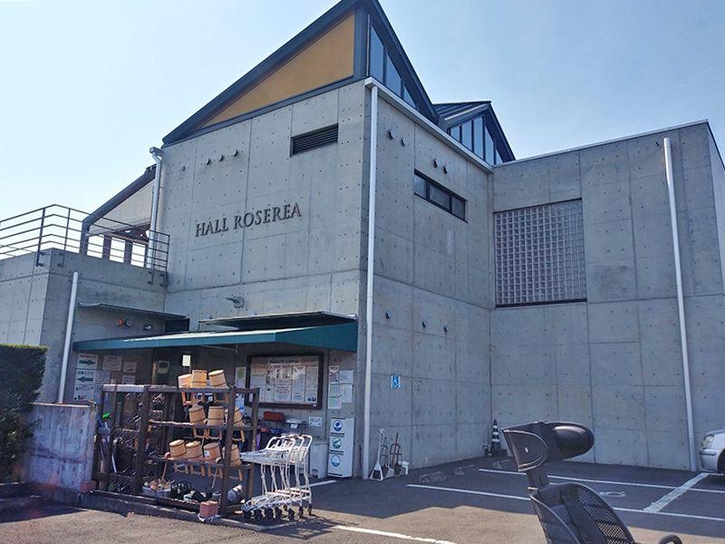 秋津ふれあいパーク 道具のそろった水汲み場