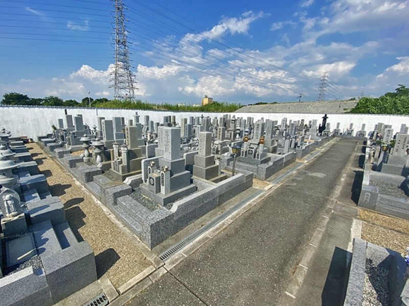 大泉霊園 広々とした墓域