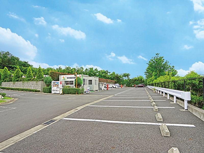 永代供養墓 太陽の碑 メモリアルサンステージ 駐車スペース