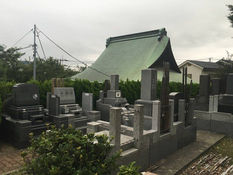 藤沢城南霊園 木々に囲まれた静かな空間