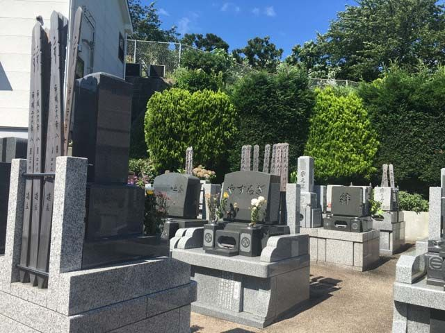 横浜南太田霊苑 緑に囲まれた墓域