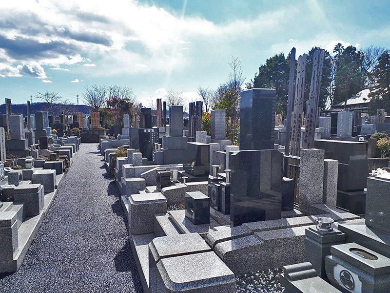 日野市営墓地 日当たりのよい墓域