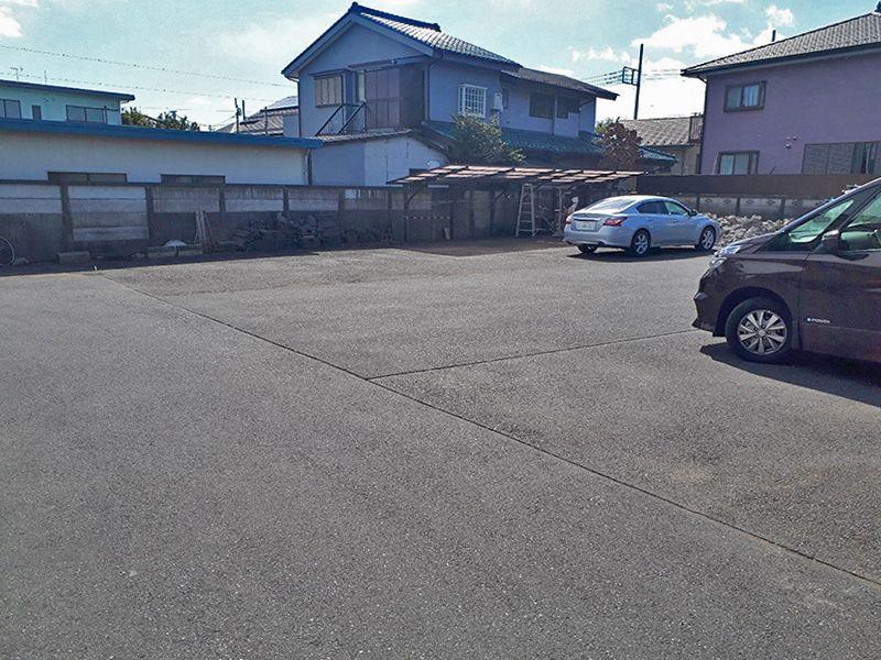 日野市営墓地 広い駐車場