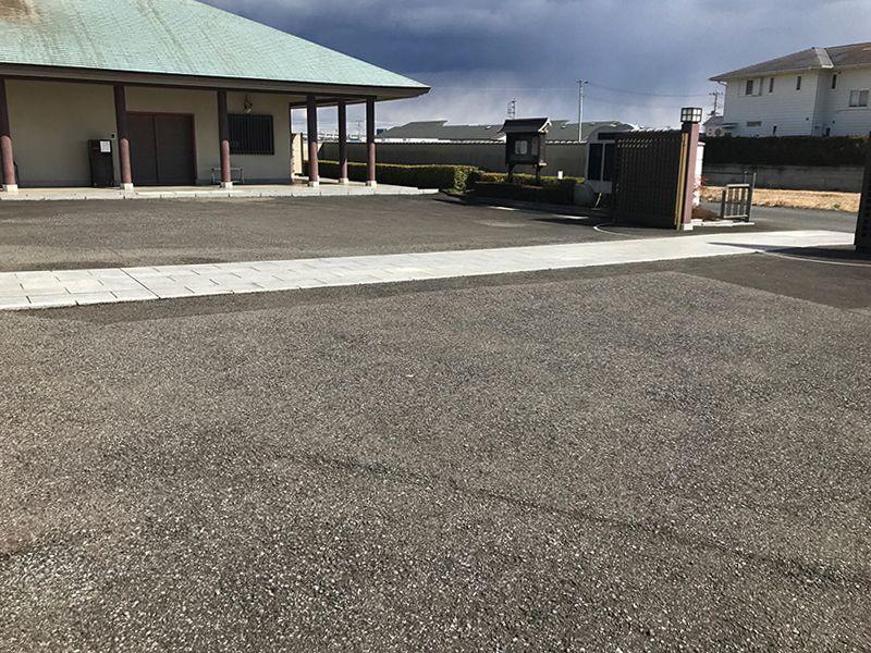 法光寺墓苑 平坦な駐車場