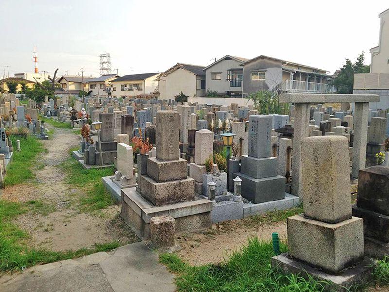 吹田市営 川面墓地 ゆとりがある敷地