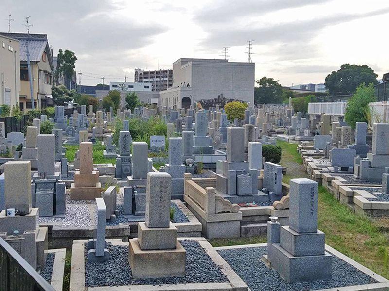 茨木市墓地 整備された区画