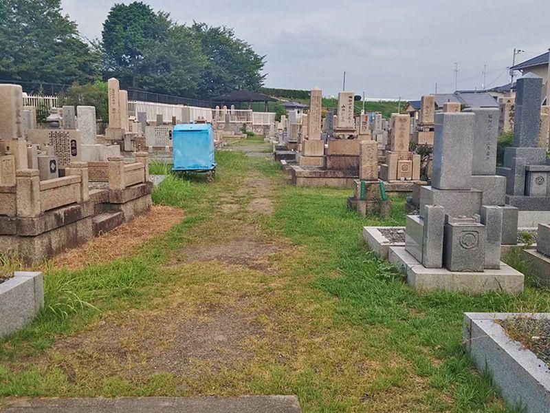 茨木市墓地 広々とした墓域