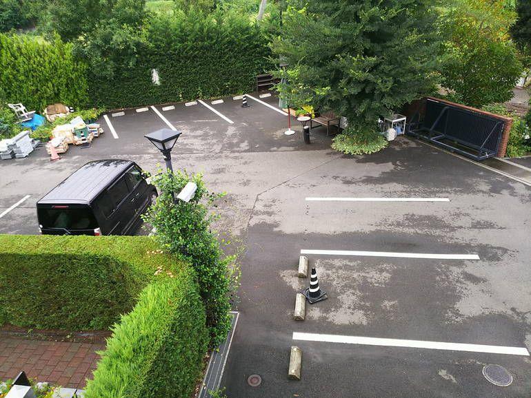 秋津ふれあいパークの駐車場