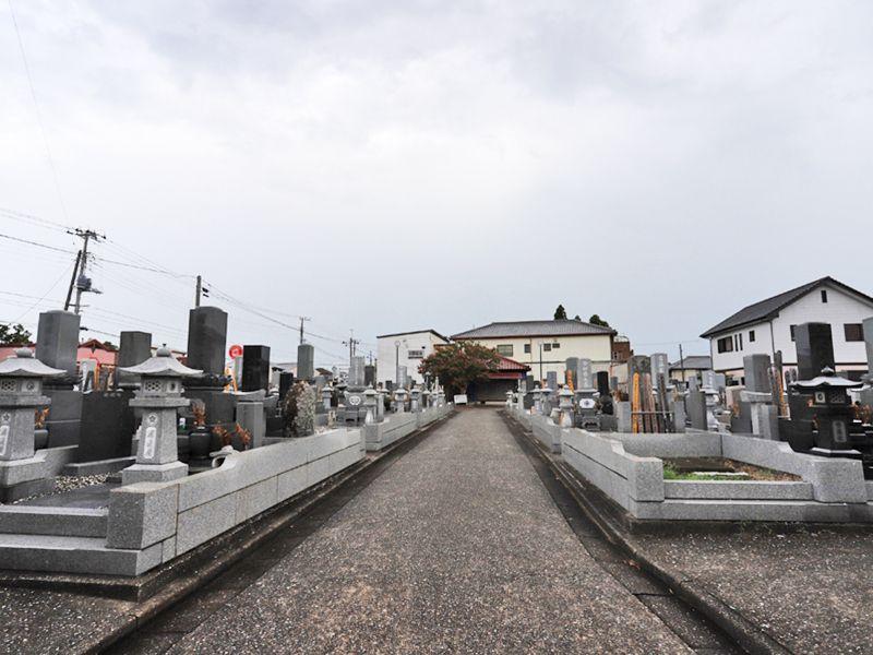阿弥陀堂共同墓地