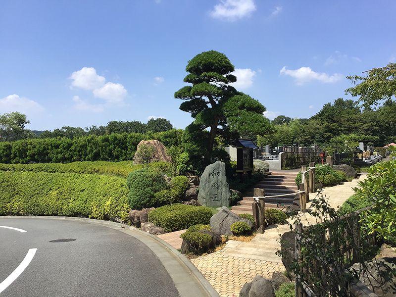 メモリアルフォレスト多摩 美しい植栽