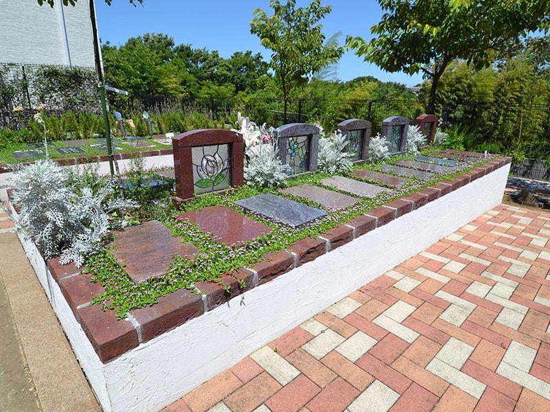 都筑まどか霊園 永代供養墓「セレーノ」