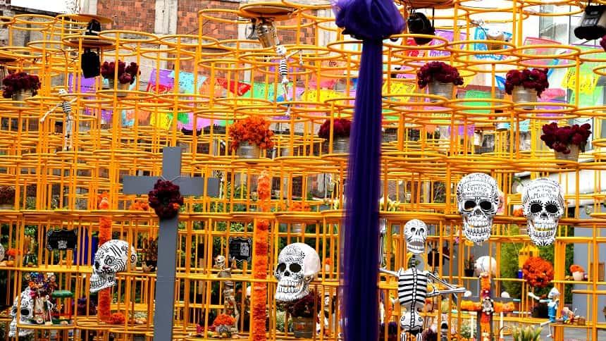 メキシコの死者の日の飾り