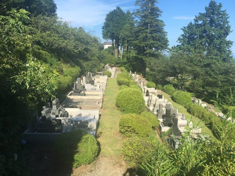 小田原市営 久野霊園 自然の中にある霊園