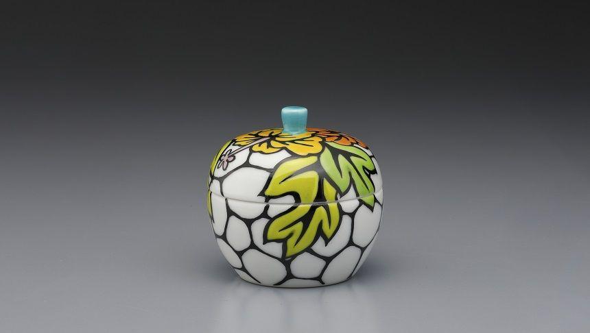 トモエ陶業の骨壺ハイビスカス