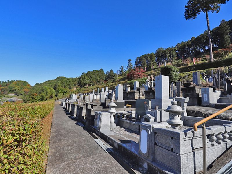 大忠院墓地