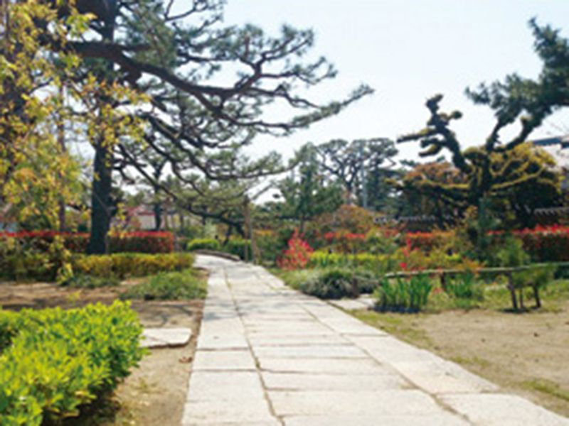 堺名刹 南宗寺墓苑