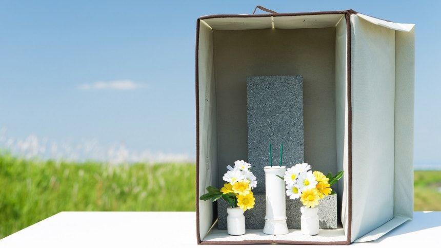 供花とともにしまわれるお墓