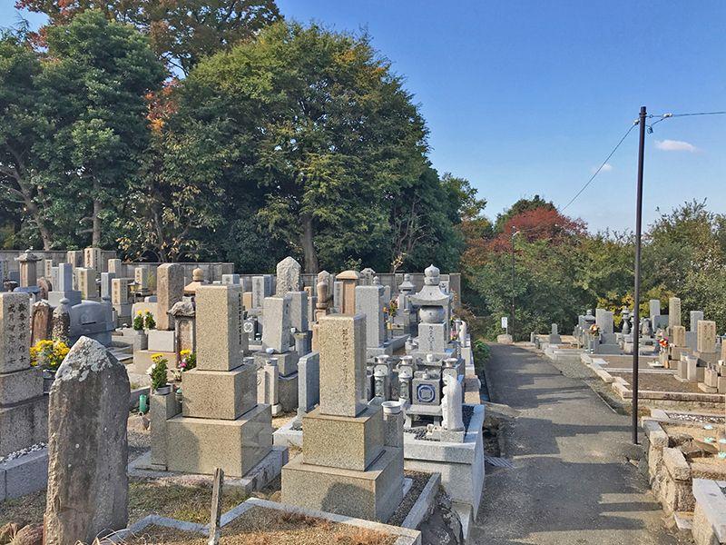 垣内共同墓地