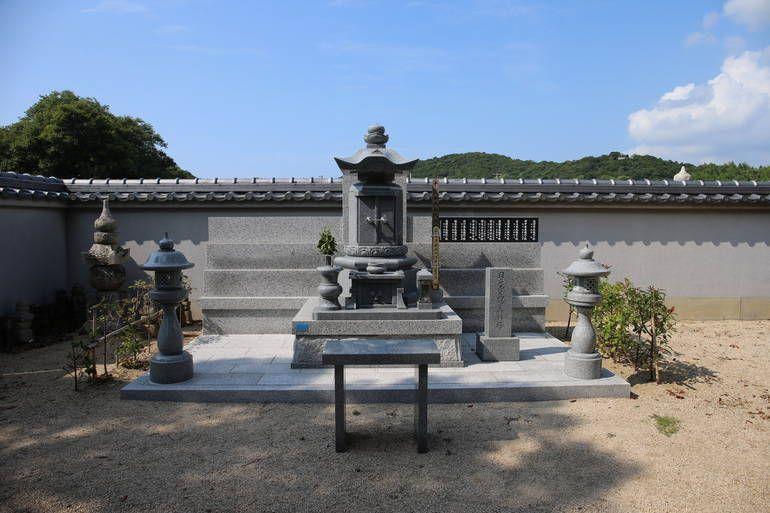 日光寺墓苑 (永代供養合祀墓)
