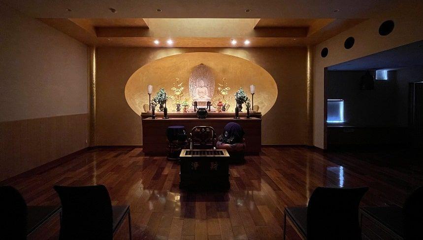 最勝殿と同じ敷地にある勝楽寺の本堂