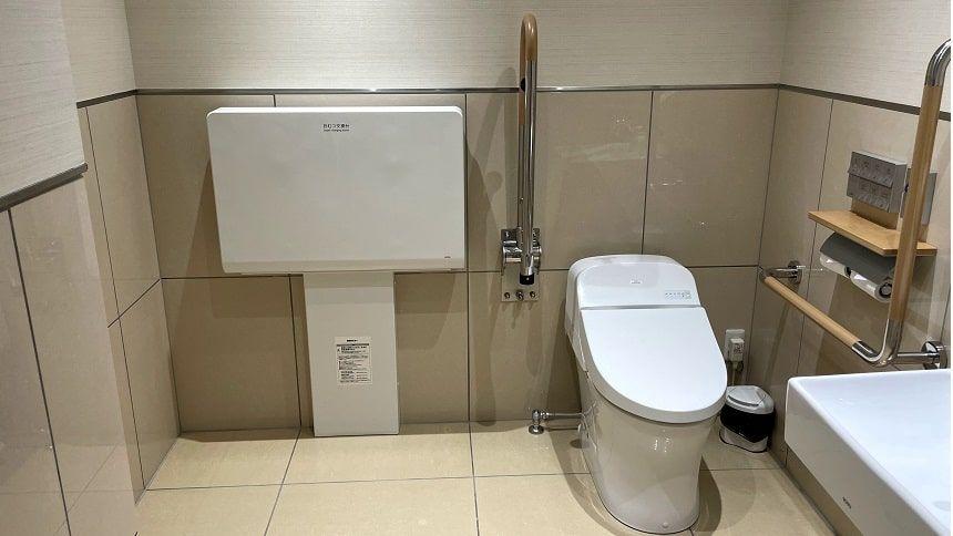最勝殿の多目的トイレ