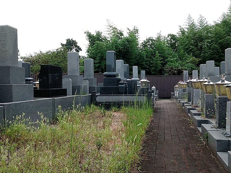 枚方春日墓苑