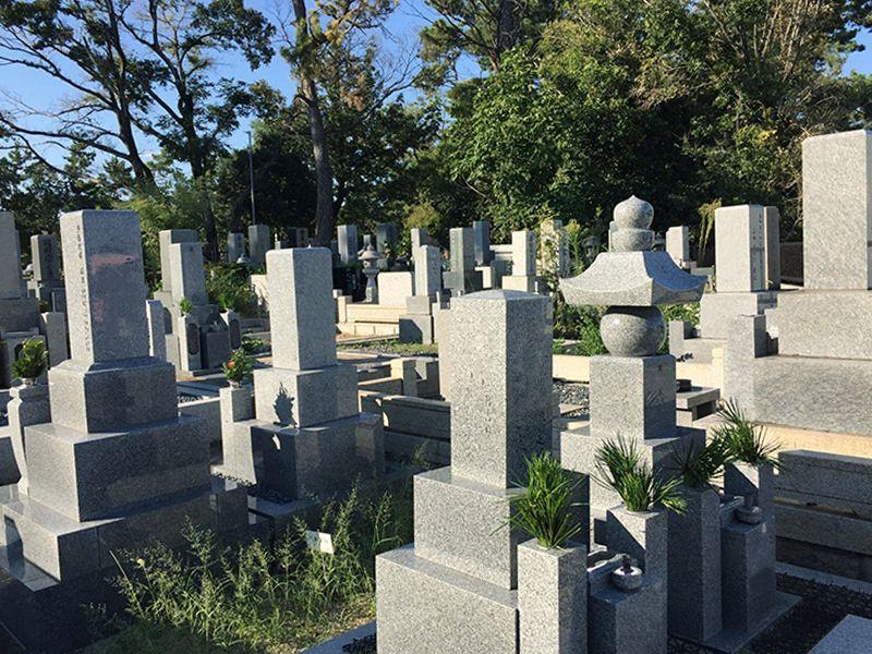 小曽根共同墓地