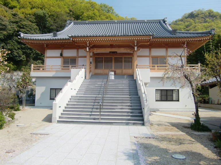 龍泰寺墓苑