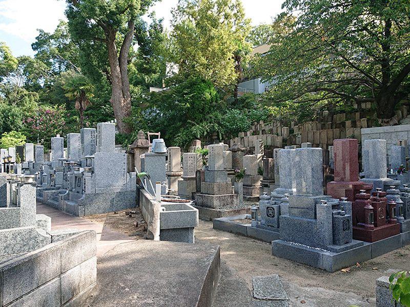 源聖寺墓地