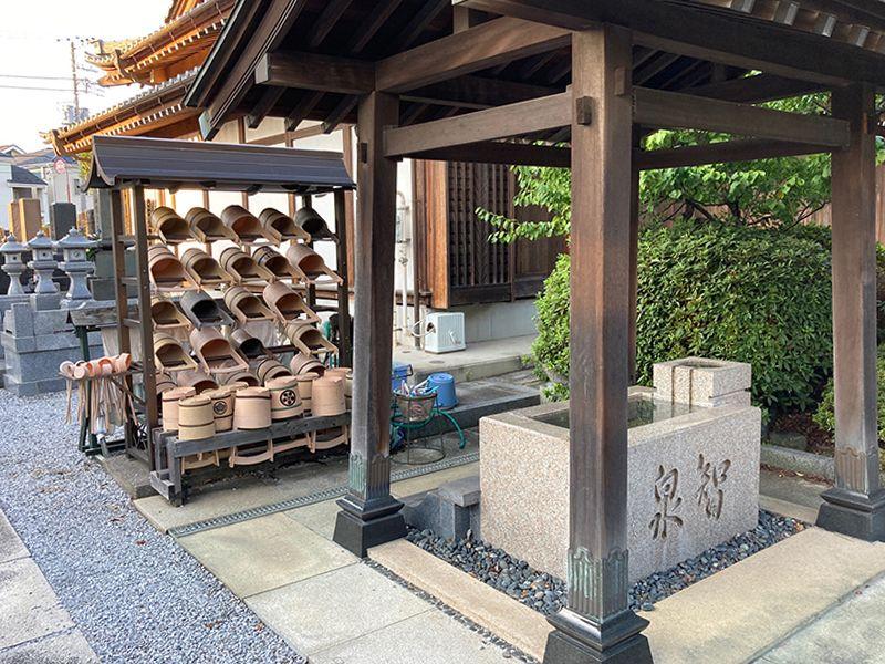 泉福寺墓苑