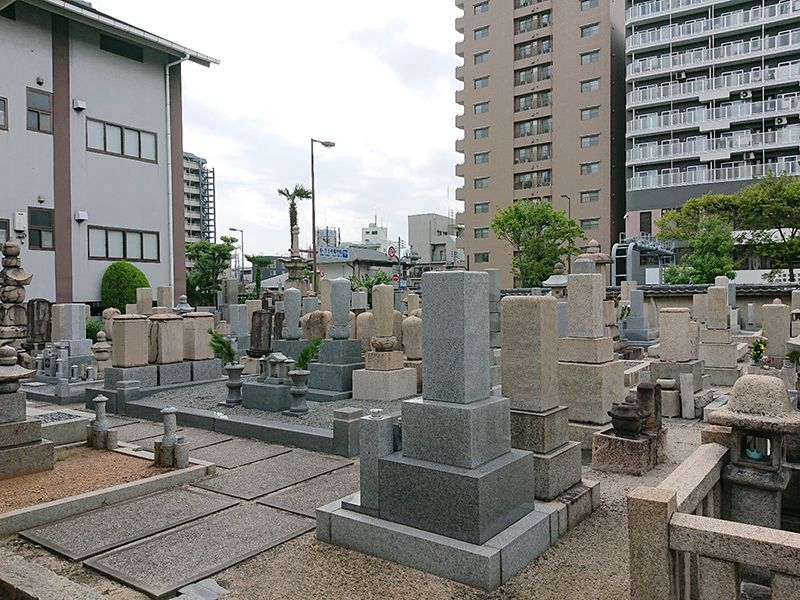 鳳林寺境内墓地