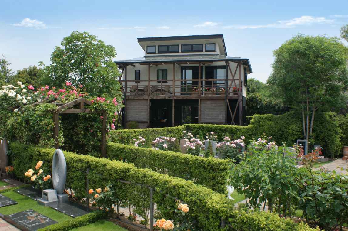 練馬ねむの木ガーデン 管理棟もオシャレな洋風デザイン