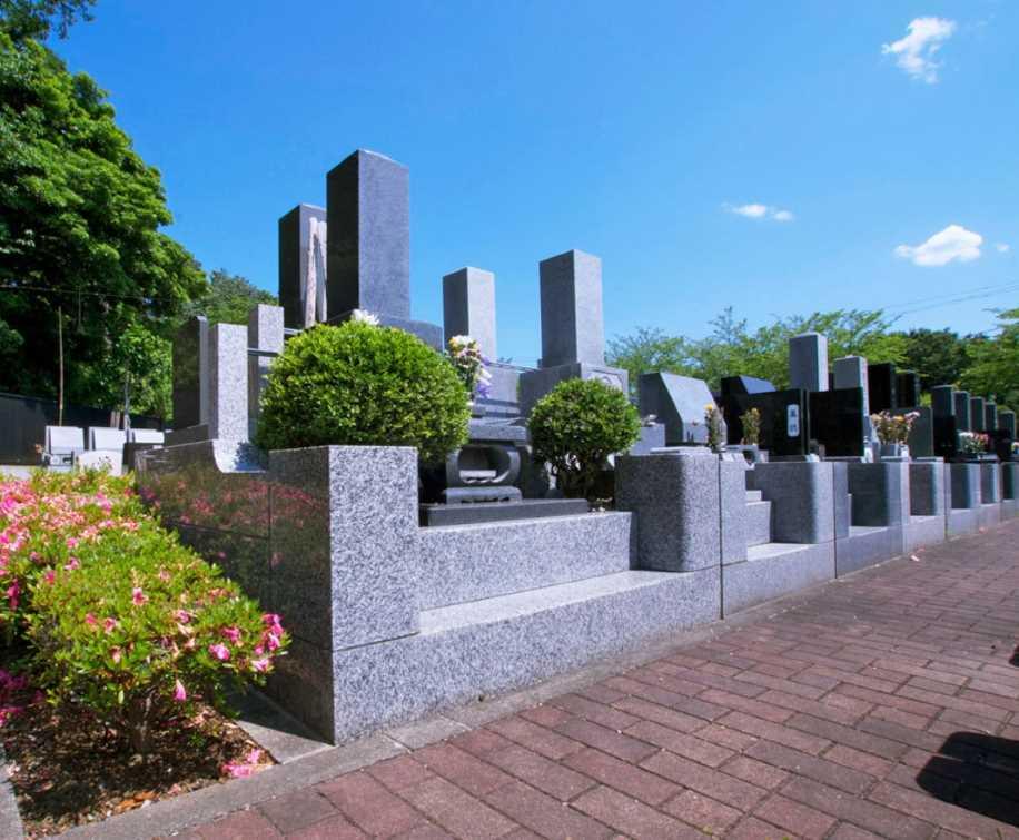 茅ヶ崎霊園 永久の郷 お年寄りも安心なバリアフリー設計