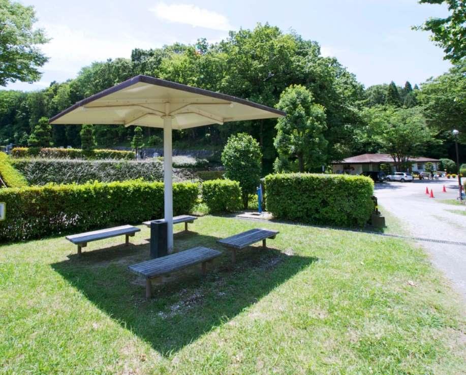 川崎市営 早野聖地公園 休憩スペース